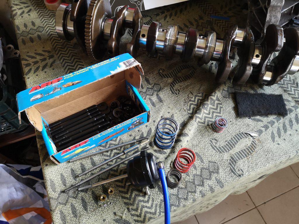 Turbos 700hp+, n54b30 alkuninis, wg