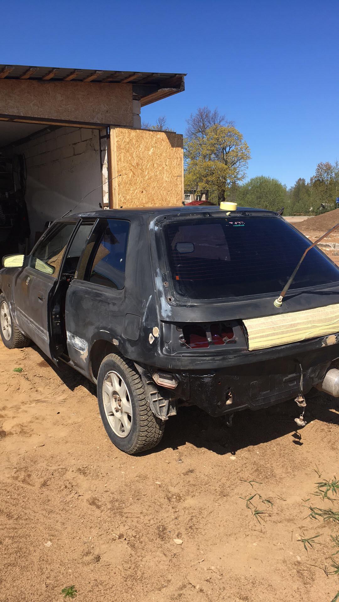 Mazda 323 GTX 4WD